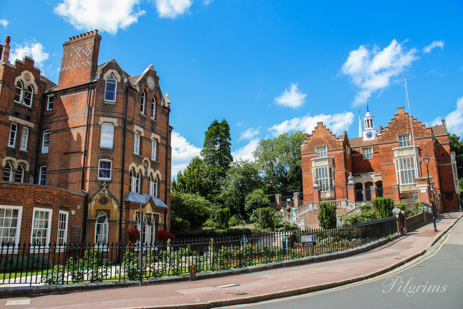 Фото Harrow School